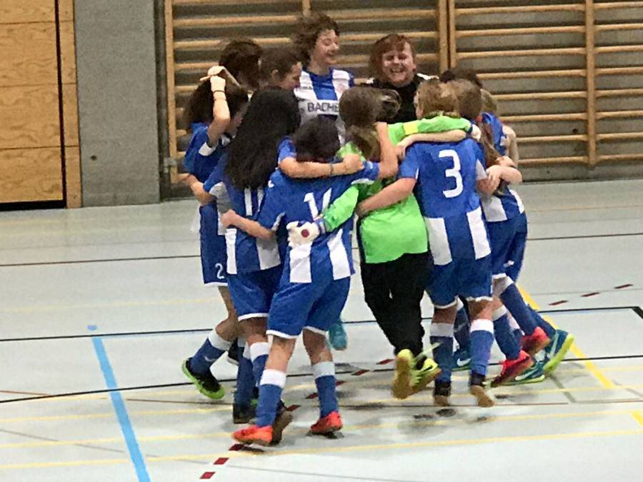 Juniorinnen D: Turniersieg in Adiswil